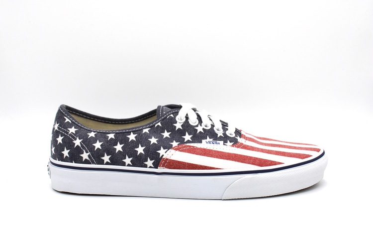 VANS AUTHENTIC STAR AND STRIPES